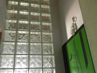 by Giovanni Lucentini piccolo studio di architettura di 7 mq. Сучасний