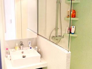 Salles de bains-Agence KP: Salle de bains de style  par Agence KP