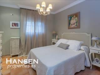Bedroom by HansenProperties