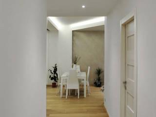 Private house: Sala da pranzo in stile in stile Moderno di Salvatore Nigrelli Architetto