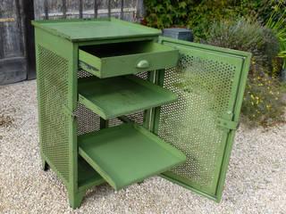 Blickfang: Alte Zeiten Menzel & Bauer GbR Study/officeStorage Iron/Steel Green