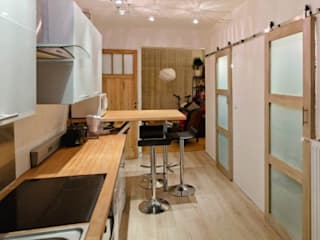 Modernisation d'appartement – Lille:  de style  par Tristan Bacro Design d'Espace,