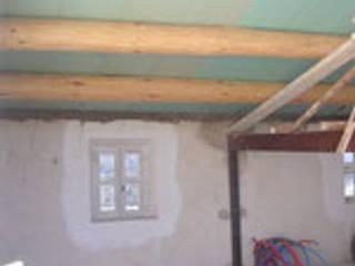 rehabilitation d'une maison de village et creation d'une piscine à MENERBES pour un Ministre Anglais:  de style  par joel mart architecte