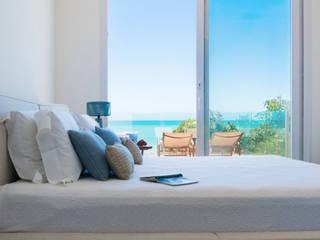 de estilo tropical de Renata Matos Arquitetura & Business, Tropical
