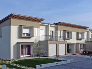 Sunflower Residence Case moderne di Green Studio architettura + design Moderno