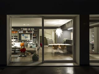 Casa B+A: Ingresso & Corridoio in stile  di Green Studio architettura + design