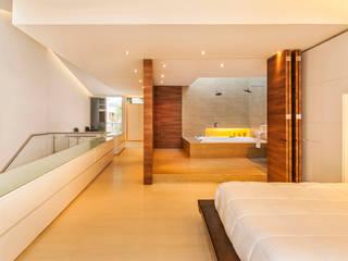 Casa Palmeral: Baños de estilo  por FR ARQUITECTURA S.A.S.