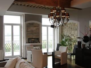 Rénovation d'un appartement à Mâcon (71) Salle à manger moderne par ATELIER JULIEN Moderne