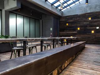Salones de eventos de estilo  de Barnabé Bustamante Ludlow Arquitectos