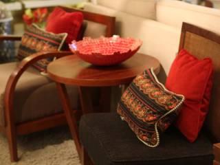 MUEBLES Y SILLONES DISEÑO VIVO ห้องนั่งเล่นโต๊ะกลางและโซฟา
