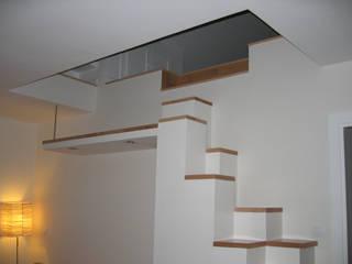 escalera torradoarquitectura Modern corridor, hallway & stairs