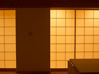 株式会社タマゴグミ Asian style windows & doors Wood White