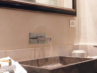 Progetti: Bagno in stile in stile Moderno di Massimiliano Raggi architetto