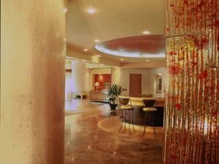 Departamento Campos Eliseo Diseño Integral En Madera S.A de C.V. Paredes y pisos de estilo clásico