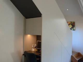 Woonhuis Landgraaf Moderne studeerkamer van Ontwerpbureau Op den Kamp Modern
