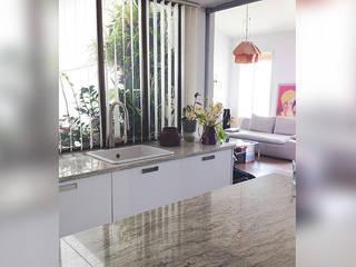 Genghis Studio Cocinas de estilo moderno
