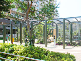 Casas modernas de ユミラ建築設計室 Moderno