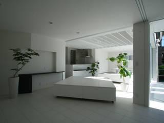 田中邸屋内改装工事 モダンデザインの リビング の 伊波一哉建築設計室 モダン