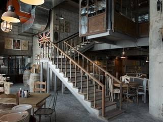 Restaurant design Team Design 現代風玄關、走廊與階梯