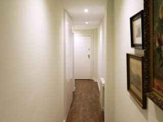Vivenda mixta clásico/mínimal Pasillos, vestíbulos y escaleras de estilo ecléctico de Estudio Cot Ecléctico