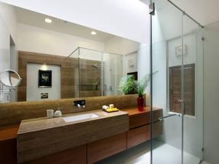 Moderne Badezimmer von P & D Associates Modern