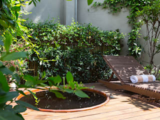 Modern Garden by Eliane Mesquita Arquitetura Modern