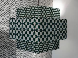 Mas Guapa:  in stile  di Dome Milano Interior