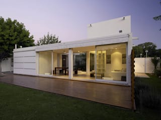 Rumah oleh Bares Bares Bares Schnack | Estudio de Arquitectura , Modern
