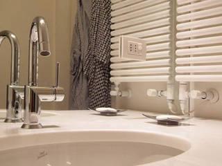 Bathroom by Guadagni Design, Modern