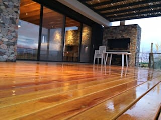 Casa Laguna Modern living room by Mora & Hughes arquitectos Modern