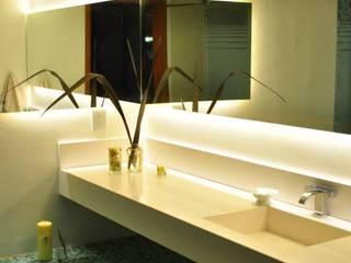 BAÑOS LN Baños modernos de LN-arquitectura Moderno