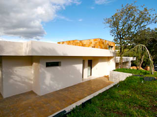 Houses by VALVERDE ARQUITECTOS, Modern
