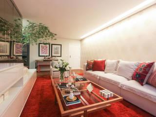 Living room by Arina Araujo Arquitetura e Interiores