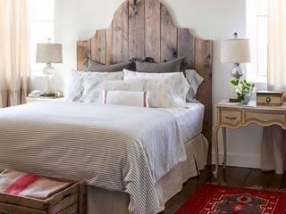 Proyectos de interiorismo varios : Dormitorios de estilo  por estudio 60/75