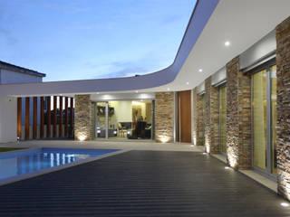 Moradia em Caldas da Rainha: Casas  por SOUSA LOPES, arquitectos,Moderno