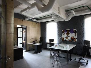 Офис Кинокомпании: Офисные помещения в . Автор – Korneev Design Workshop,