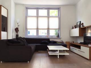 Woonhuis BBKU Eindhoven  :  Woonkamer door 2architecten, Modern
