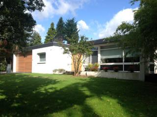 Bungalow FSIW Horn:  Huizen door 2architecten, Modern