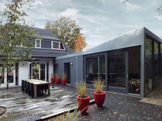 Woonhuis MDCL Asten:  Huizen door 2architecten, Modern