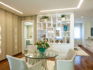 Adriana Di Garcia Design de Interiores Ltda Living room