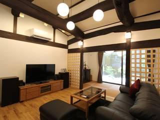 和モダン モダンデザインの リビング の 一級建築士事務所 さくら建築設計事務所 モダン