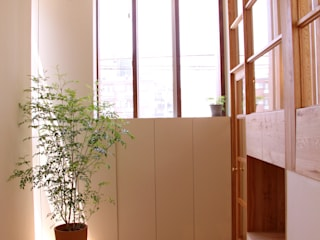 모던스타일 복도, 현관 & 계단 by Mimasis Design/ミメイシス デザイン 모던