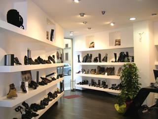 Moderne Geschäftsräume & Stores von Sergio Guastella STUDIO97 Modern