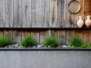 Jardin avec coin repas de 400M² Jardin moderne par RVB PAYSAGE Moderne