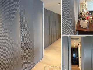 ...cool friends... di Francesco Di Somma Study of Architecture & Design Moderno