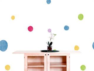 Diseño de Motivo Fun Color Pasillos, vestíbulos y escaleras de estilo minimalista de Luis Quesada Design Minimalista
