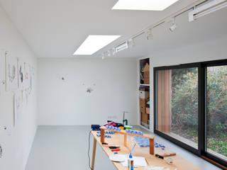 Ruang Kerja oleh ecospace españa, Modern