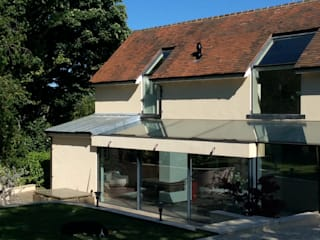 The Kites Modern windows & doors by IQ Glass UK Modern