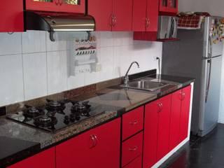cocina integral en el estilo contemporaneo con meson en granito natural en marmol combinado de arteintegrales Moderno Aglomerado