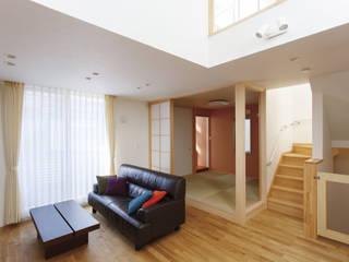 福島工務店株式会社 Moderne Wohnzimmer